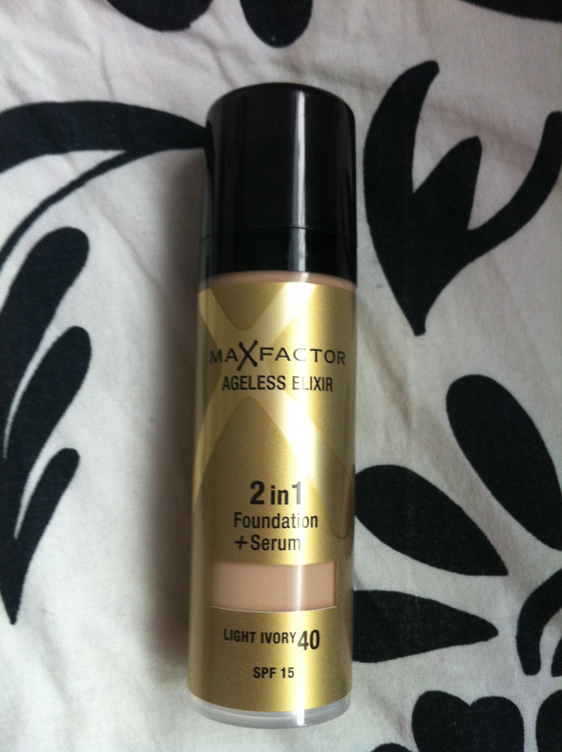 max factor ageless elixir 2 in 1 foundation light ivory