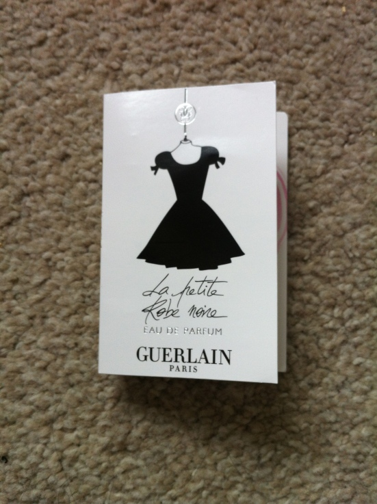 Scent Saturday: Guerlain La Petite Robe Noir